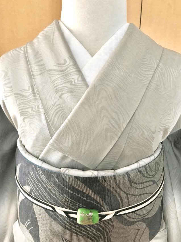 着物の襟(衿)合わせきれいに着付けるコツ