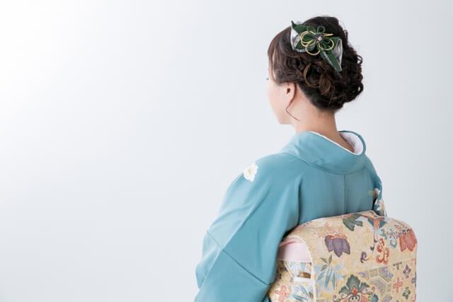 6月・7月・8月・9月の夏の結婚式に着物の袷は着て良いの?色や種類の選び方