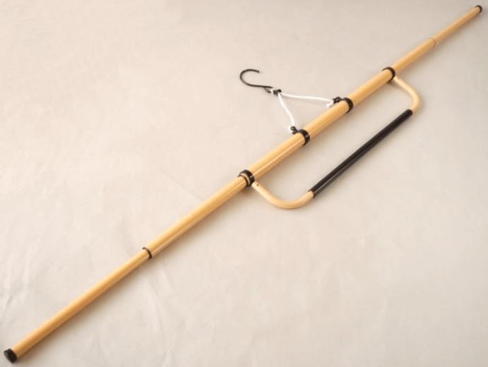 着物ハンガーの代用になるダイソーの商品はどれ?100均のつっぱり棒を使った手作りの方法も