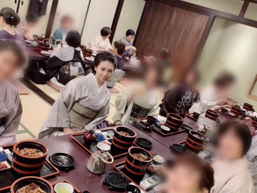 着付け教室の初詣イベント食事会ウナギ