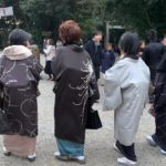 初詣の着物でおすすめのコーディネート!寒さ対策のショールや羽織は?