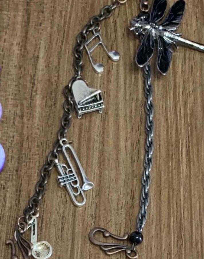 着物の小物ピアノ音符羽織紐