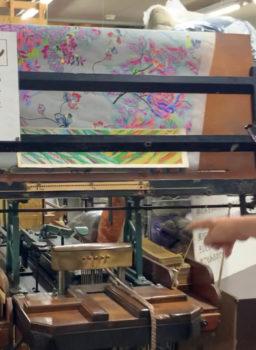 紋紙の穴あけ機ピアノマシーン