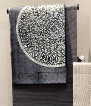 ビロード織の金箔置き西陣帯