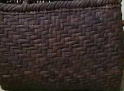 山葡萄かごバッグ使い倒した色